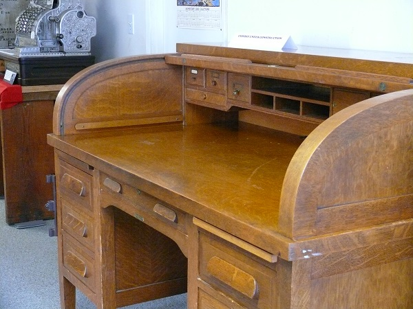 Mar 30 2016 Western World Roll Top Desk Donated To The Museum